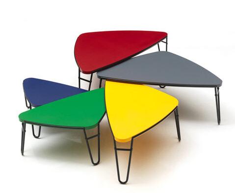 >Réédition de meubles Charlotte Perriand chez Cassina